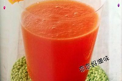 菠萝排毒果汁