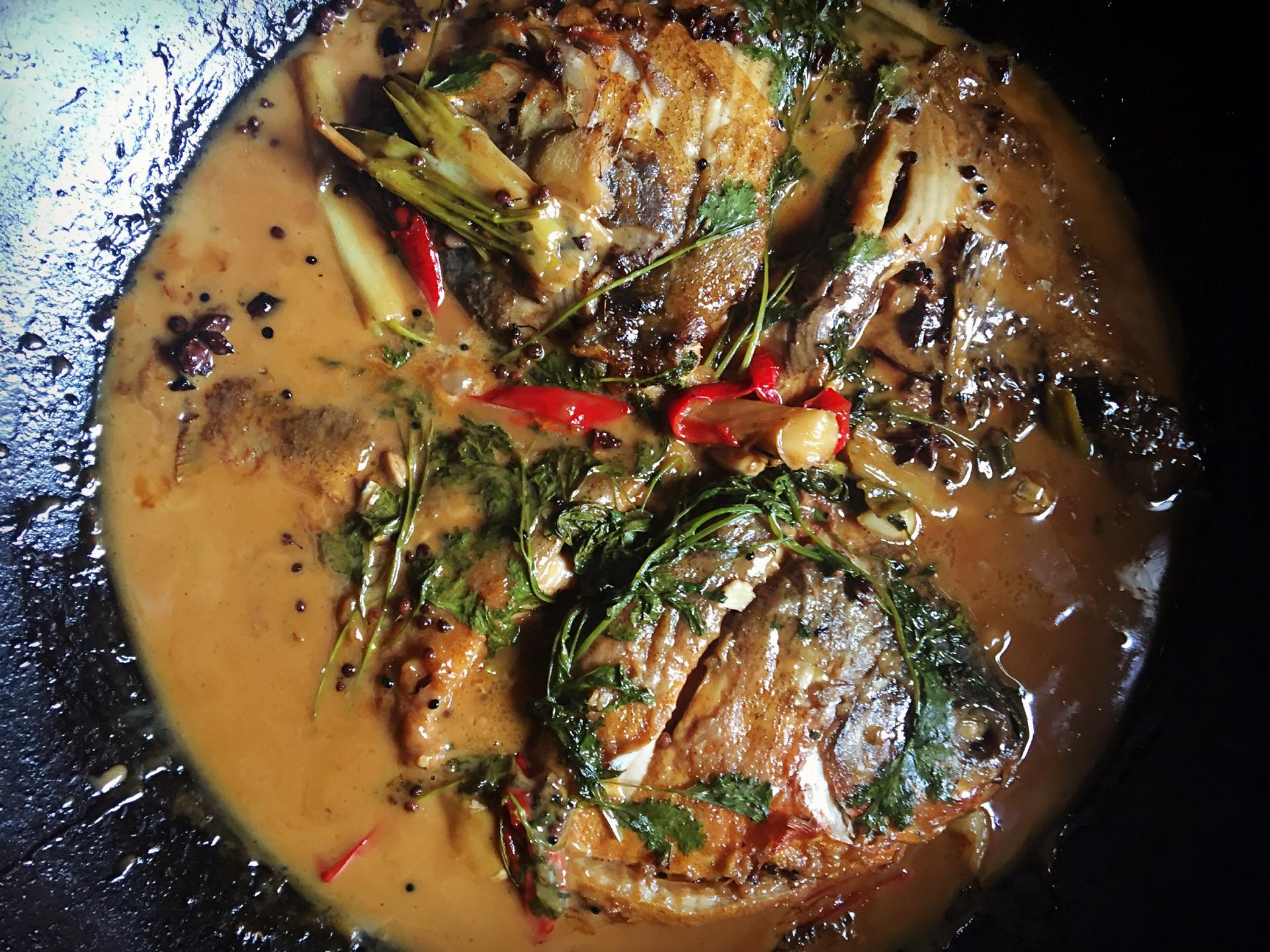 淡水炖鲳鱼白铁锅的美食_小孩_豆果做法红豆菜谱汤薏米能喝吗图片
