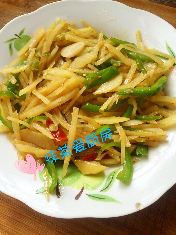 必做的菜谱之一     主料 1个 1个 青椒土豆丝的做法步骤 分类