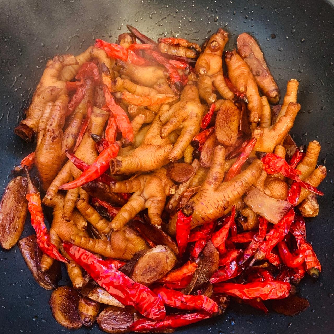 姜辣鸡爪的菜谱_羊肉_豆果美食做法金针菇汤图片