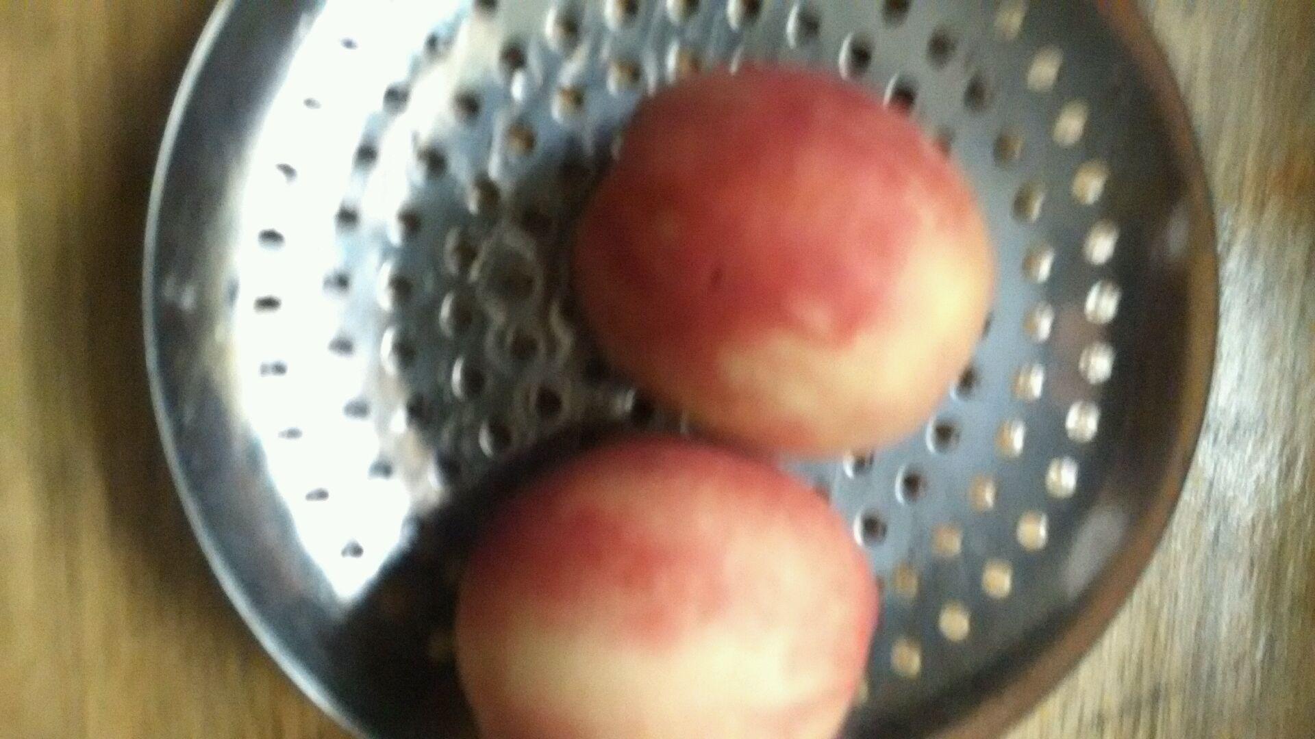 冰冻桃子的做法步骤