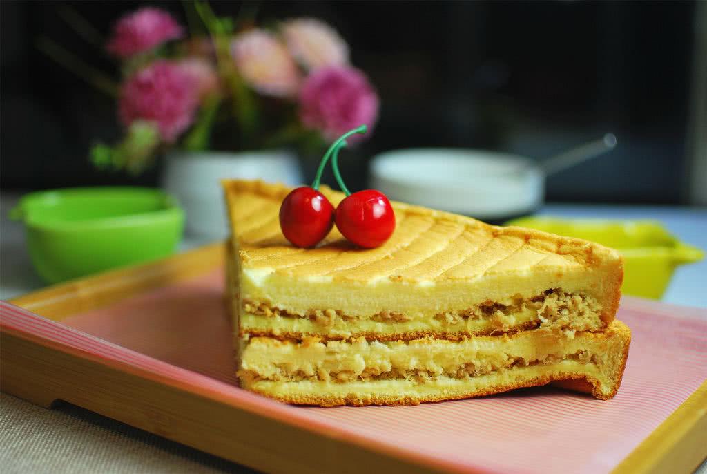 面粉三明治肉松水分一般蛋糕图片