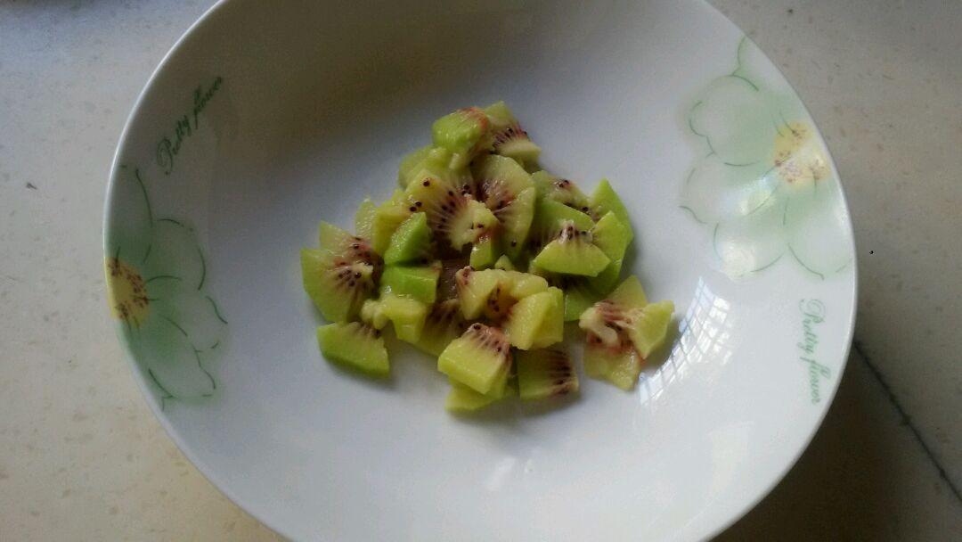 猕猴桃蛋饼的做法步骤