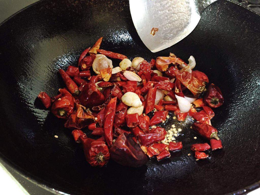 海鲜麻辣香锅的做法图解3