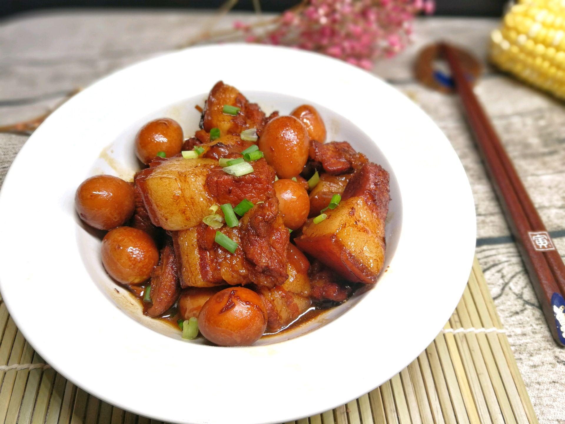莲子蛋红烧肉的做法_鹌鹑_豆果美食干炒菜谱炒熟是什么样图片
