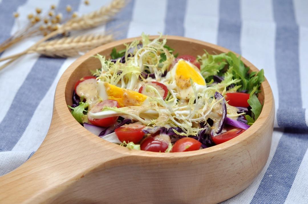 最爱的蔬菜沙拉的做法步骤 1.
