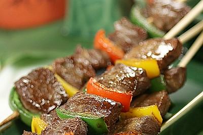 多彩牛肉串