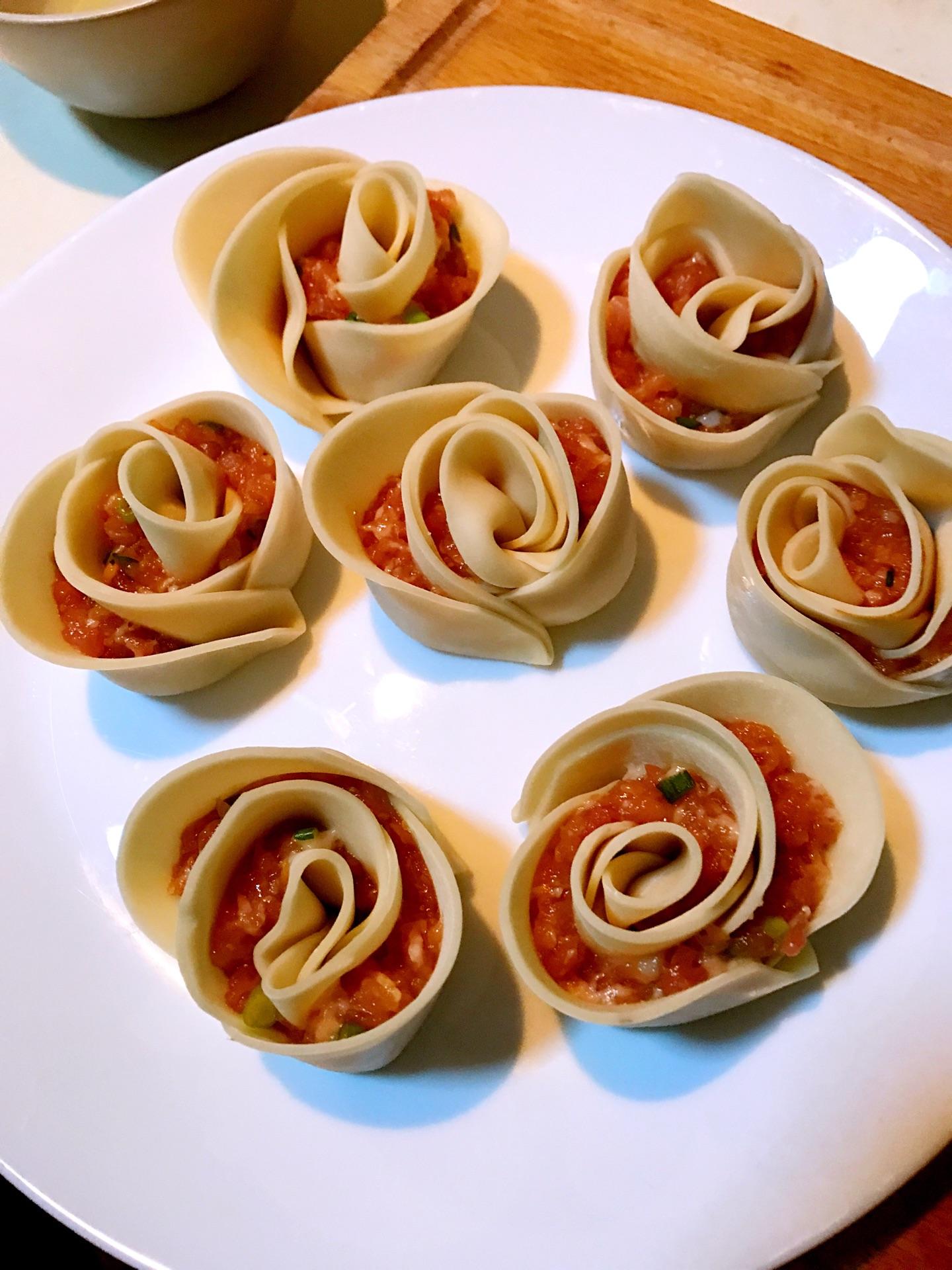 超级简单,好吃又好看的玫瑰花饺的做法步骤