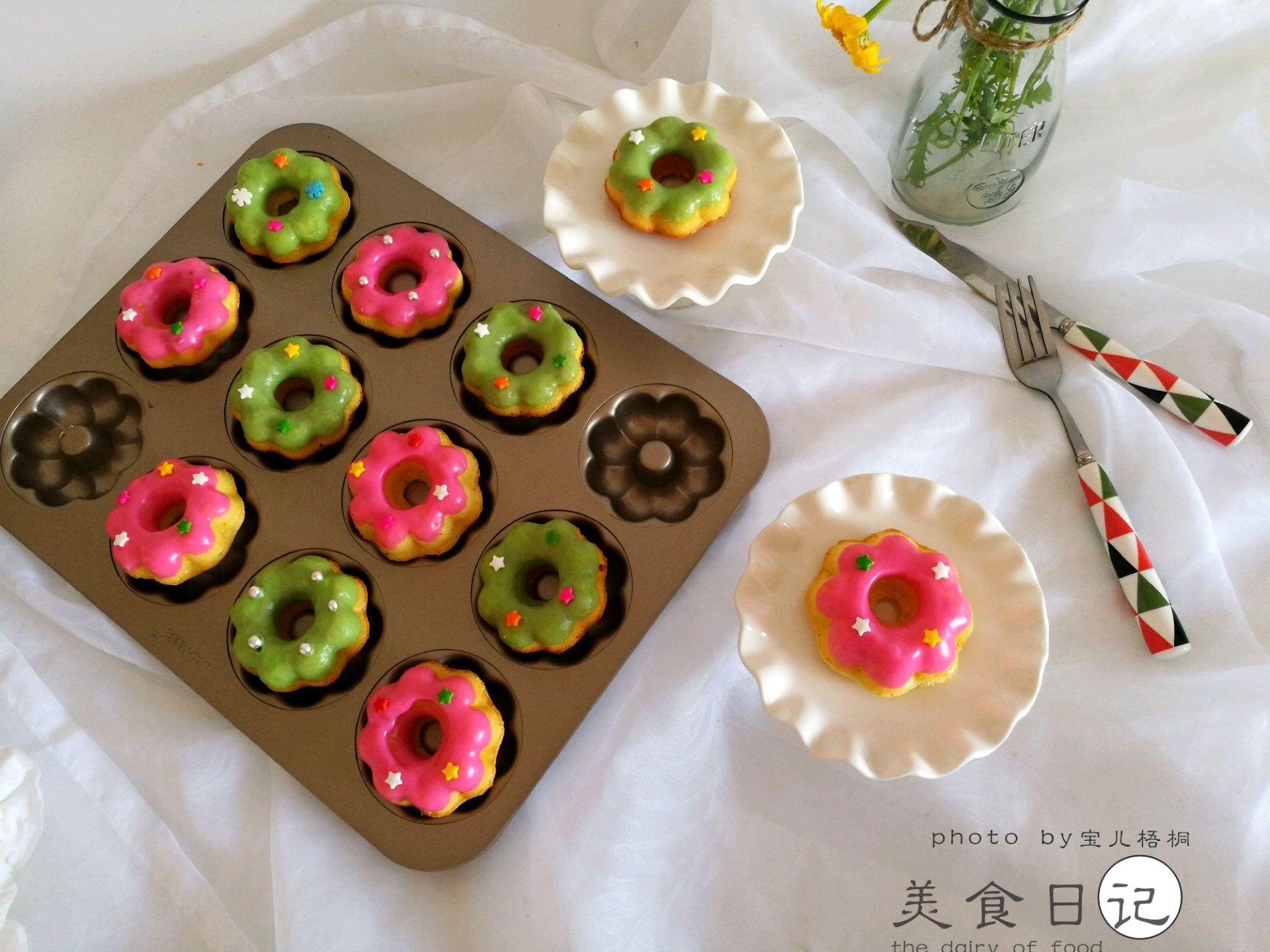 2017-05-08        喜欢彩色,喜欢在午后给自己做一道可口的甜点,今天