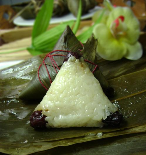 扫一扫 边看边做更方便 主料 粽子 枣粽子的做法步骤 小贴士 趁热乎吃