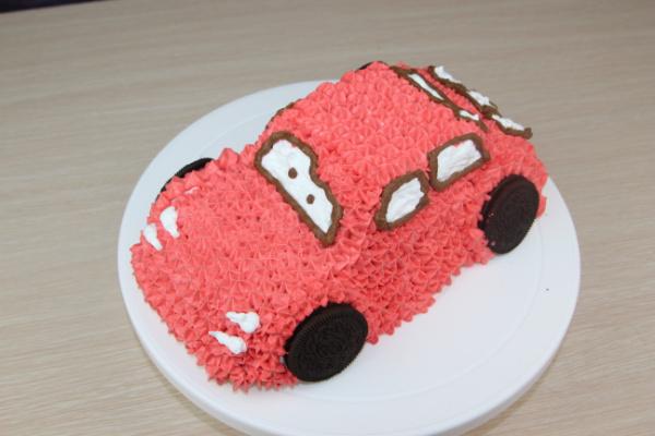 可爱的小汽车生日蛋糕儿的做法图解14
