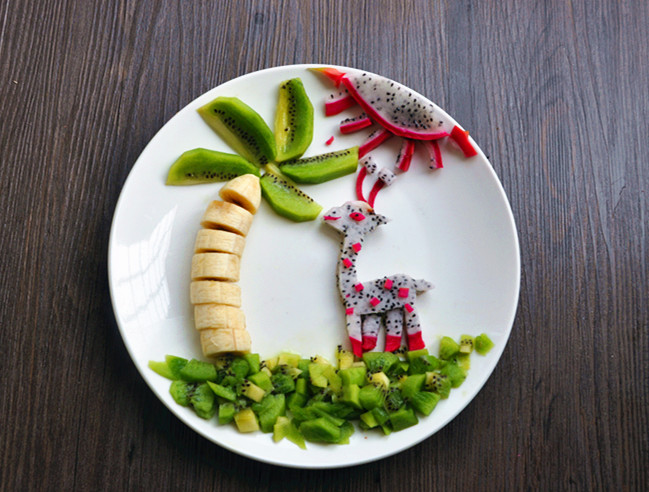 热带风情水果创意拼盘