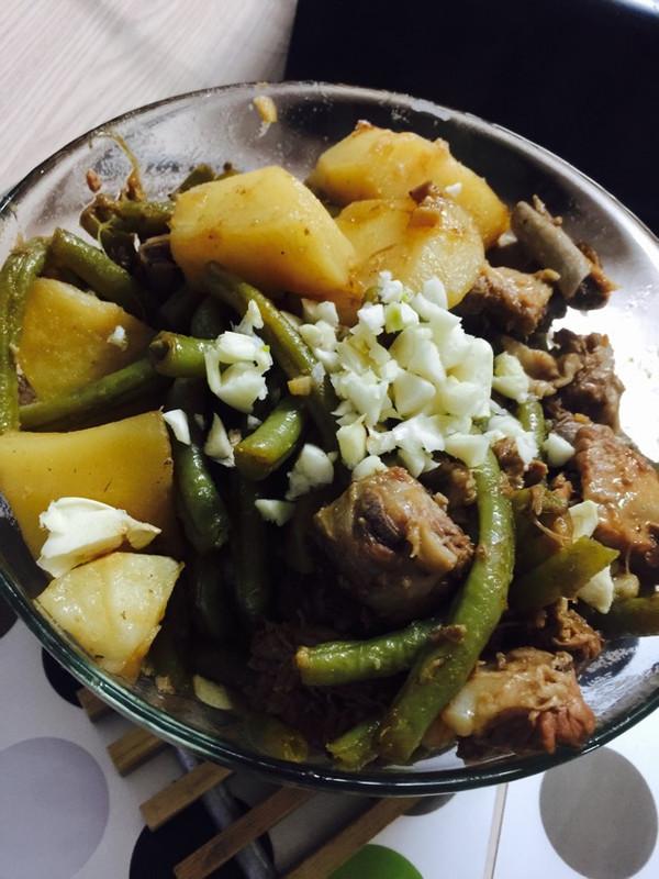 冬季做法之排骨土豆炖时间的炖菜_豆角_豆果煮菜谱面条图片