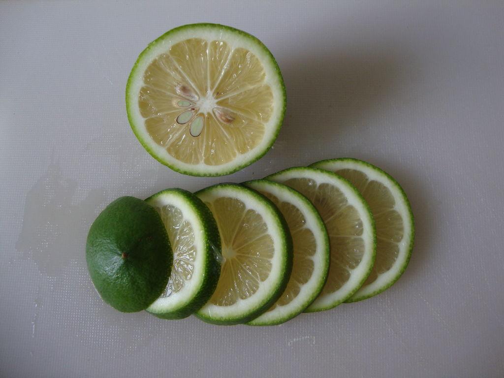 青柠绿茶冰饮的做法步骤