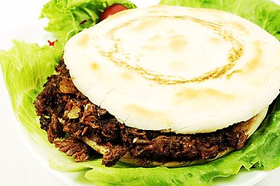 肉夹馍怎么做好吃肉夹馍做法肉夹馍调料配方学习