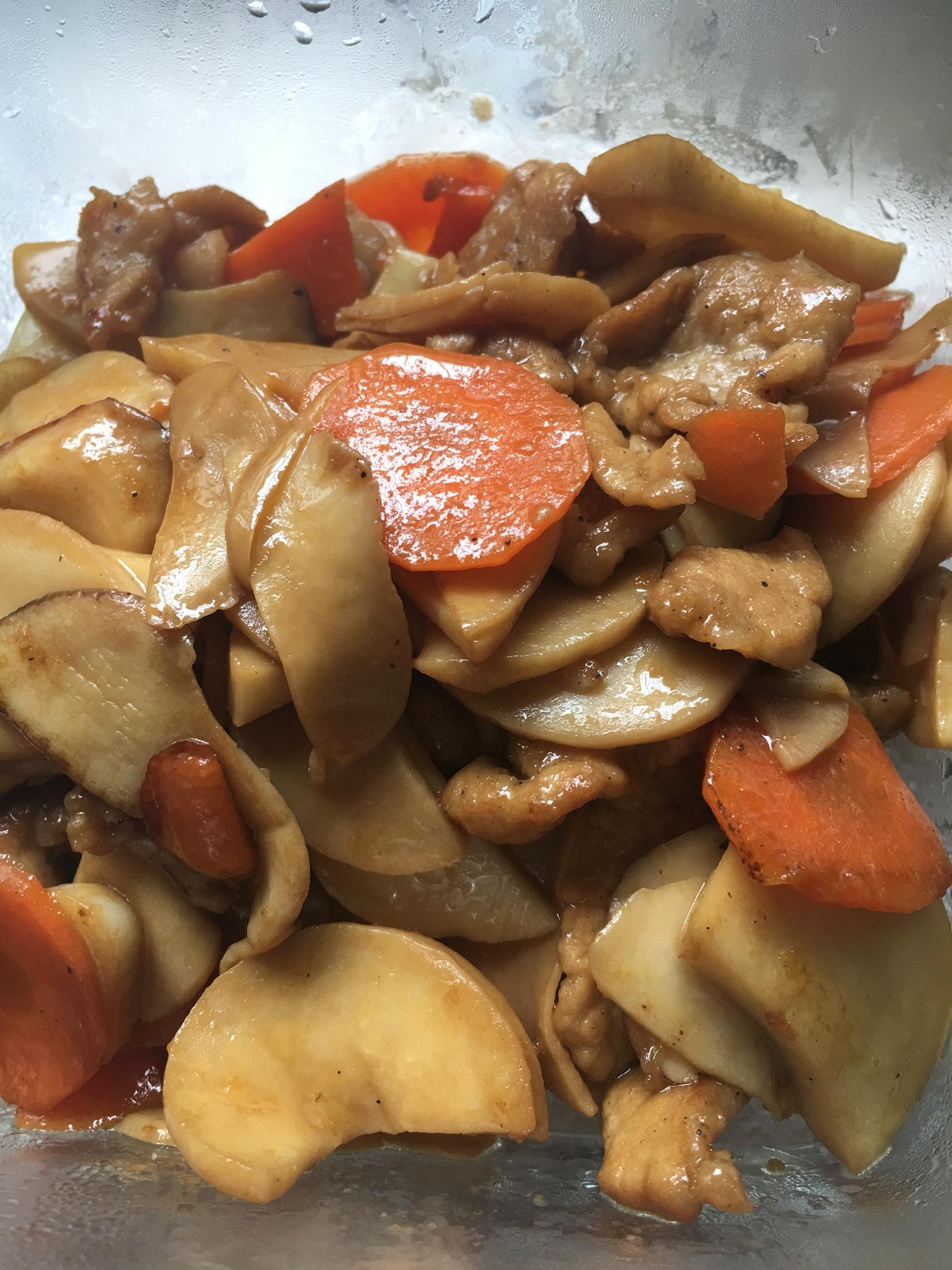 平菇胡萝卜炒肉猪肉饺子芹菜怎样做好吃图片