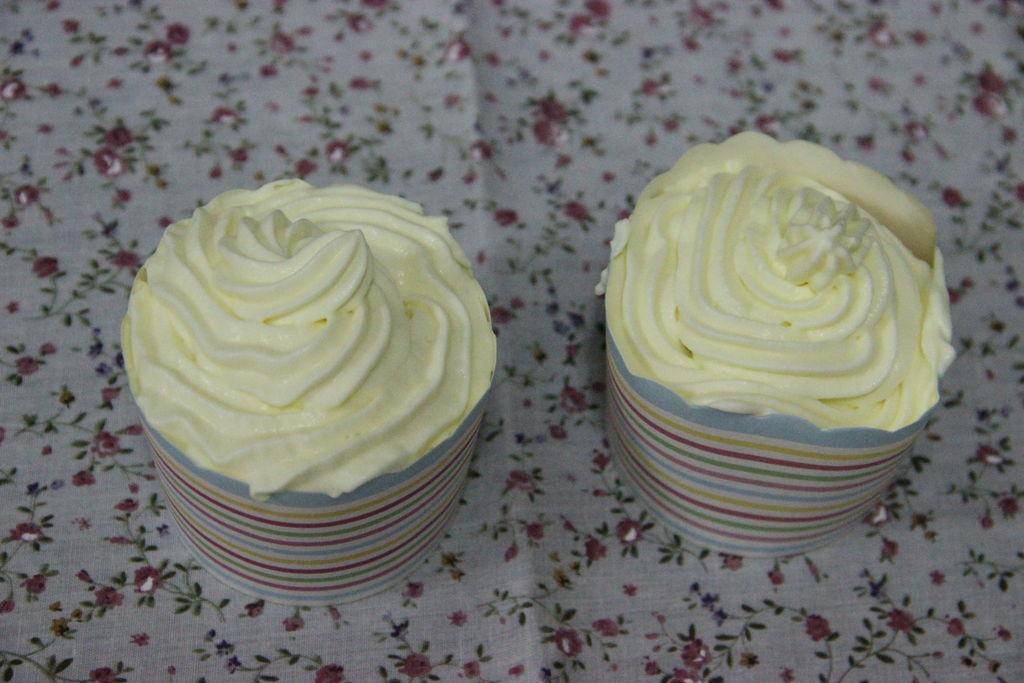奶油杯子蛋糕的做法_【图解】奶油杯子蛋糕怎么做如何