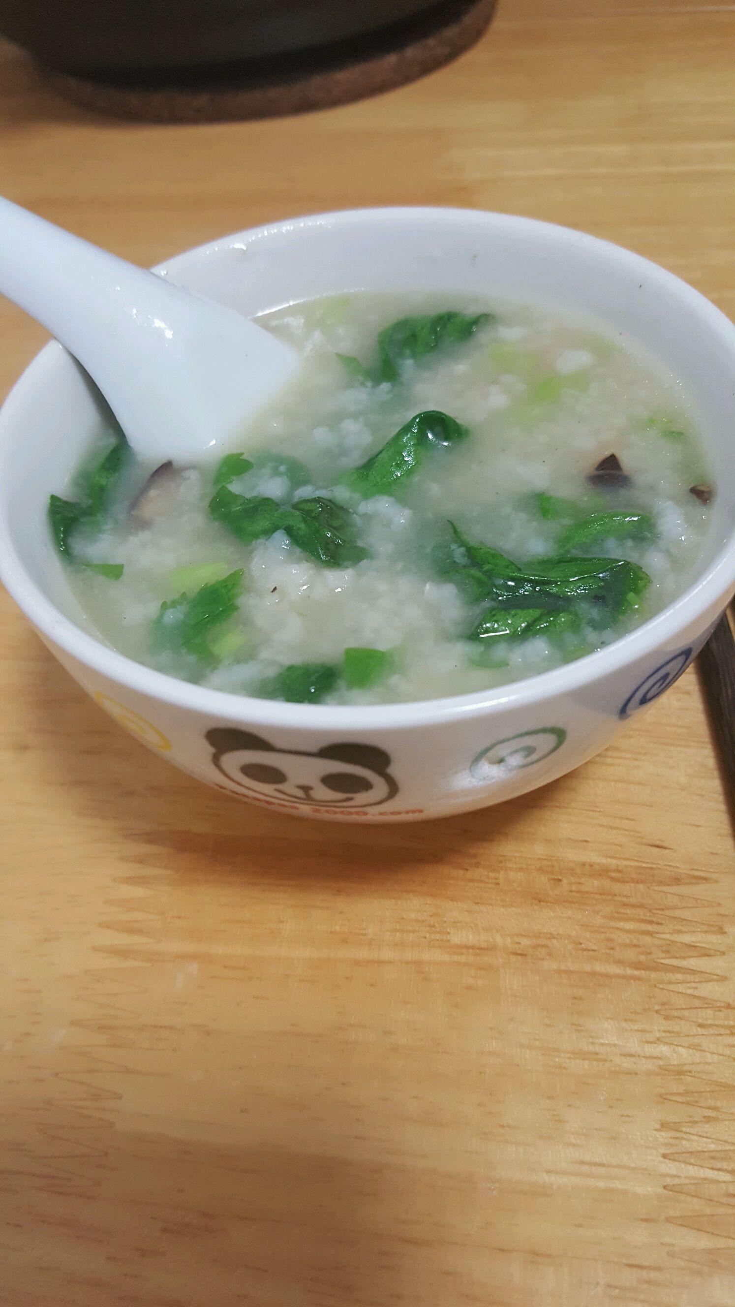 炒菜煲汤临锅时加入提鲜不口干 潮州砂锅粥之鸡粥的做法步骤 小贴士