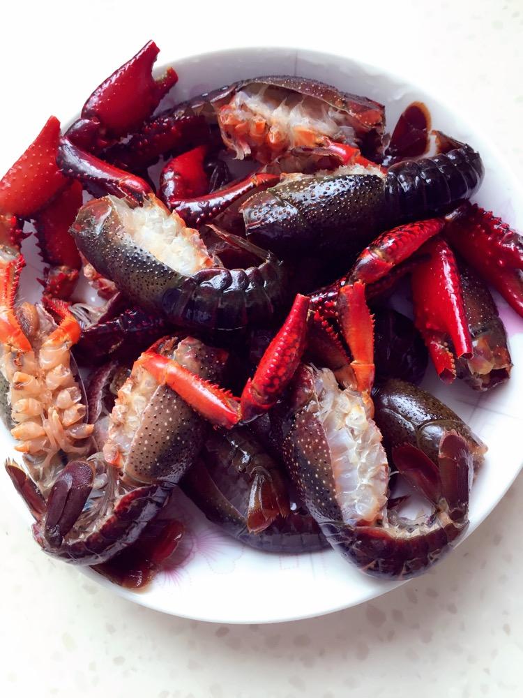 史上最合理清洗小龙虾步骤的做法