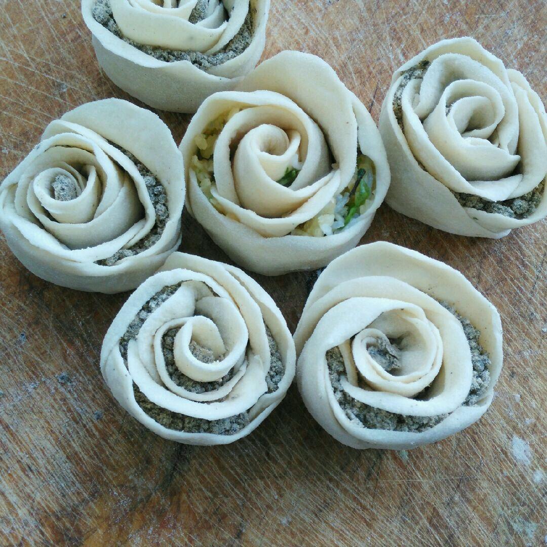 白玫瑰花卷的做法图解1