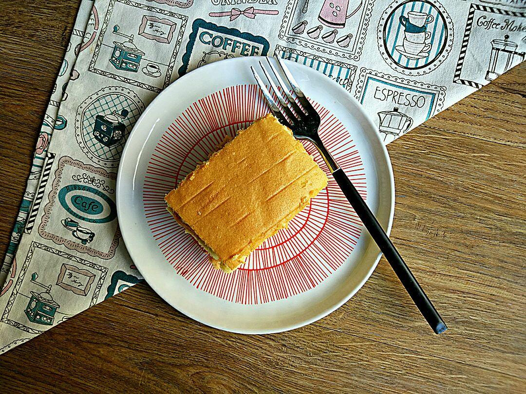 层层叠(蛋糕)棉花肉松花放白砂糖图片