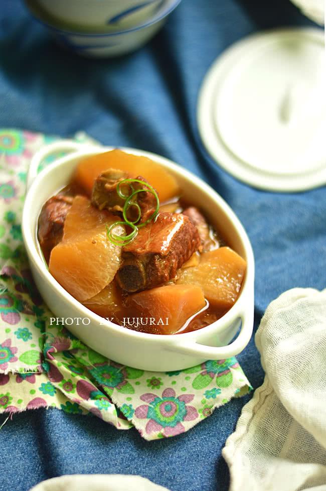 白萝卜炖美食-冬季暖身的菜品_菜谱_豆果做法宴会家庭排骨图片