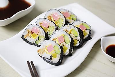 寿司:一次就成功的我的首道日本食物
