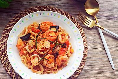 海鲜拌面#小虾创意料理#