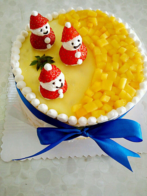 白糖(淡奶油用)40g 芒果适量 小雪人芒果千层蛋糕的做法步骤 6.