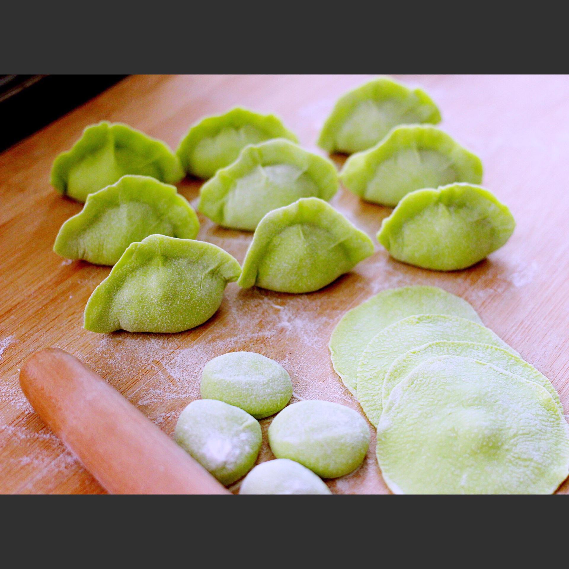 翠玉芹菜海米饺子的做法图解22