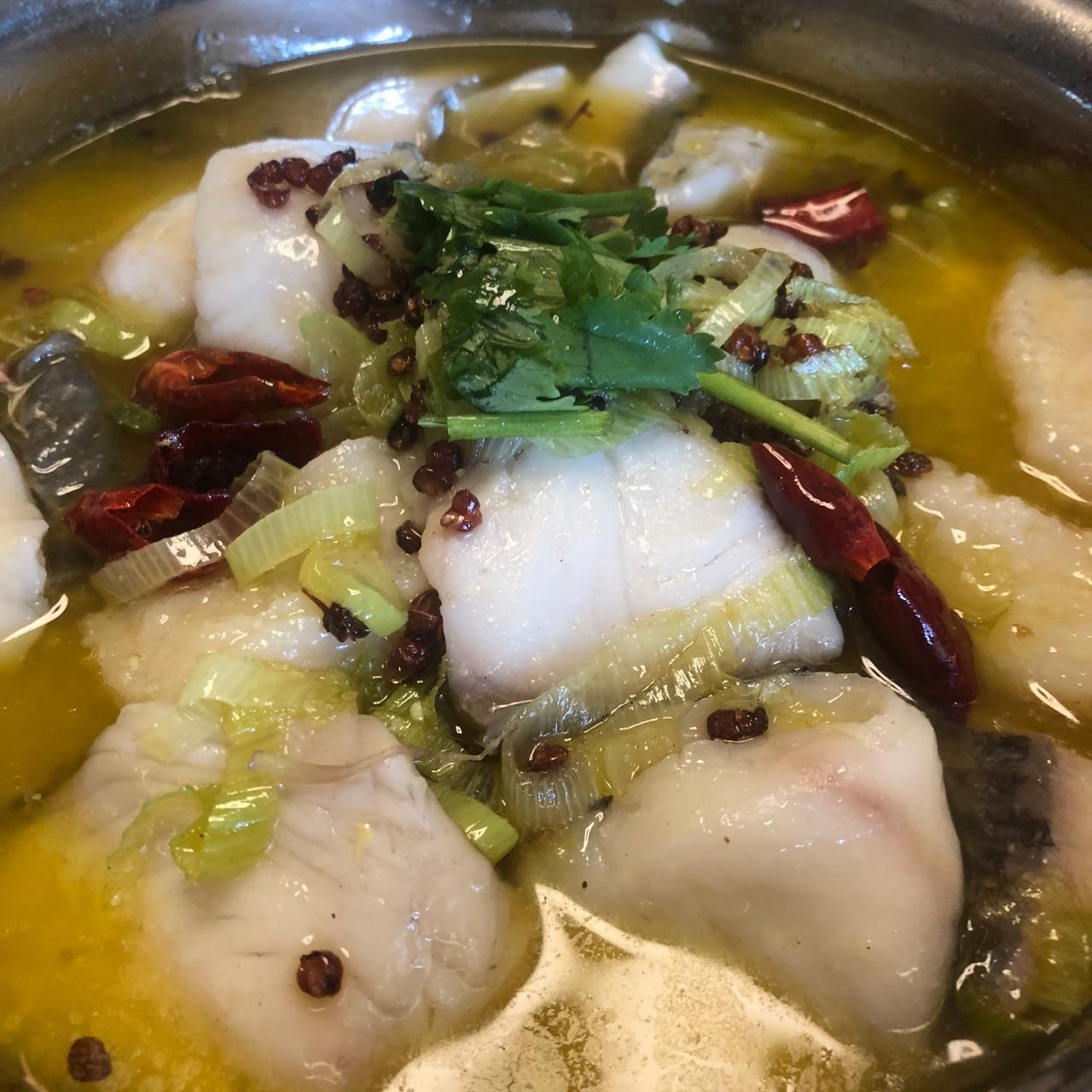 酸叔老坛酸菜鸡_酸菜豆腐鱼_酸菜鱼的酸菜一点都不酸