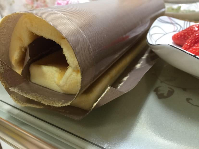 两种选择--酸奶瑞士卷的做法图解8