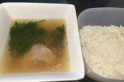 精选家常_菜谱大全_美食菜谱_菜谱菜谱做法_偶尔吃一次生的三文鱼图片
