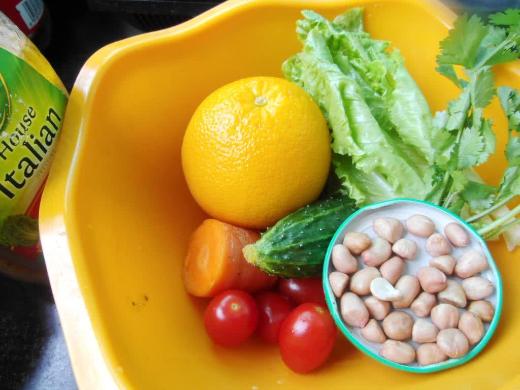 搞怪万圣节之--水果蔬菜沙拉