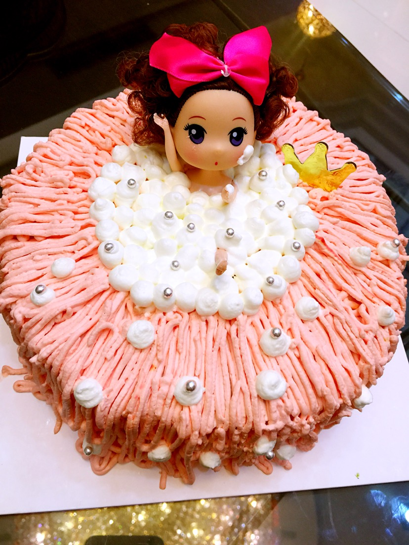 迷糊娃娃奶油蛋糕