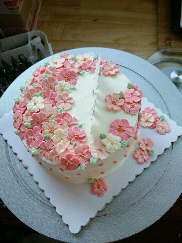 500ml 发酵黄油100g 细砂糖24g 糖粉30g 蛋糕奶油裱花的做法步骤