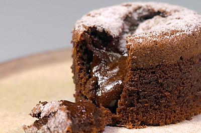 巧克力熔岩蛋糕 美食台
