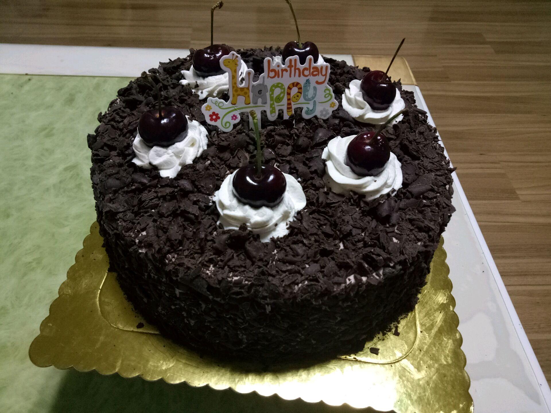 黑森林蛋糕(十寸)