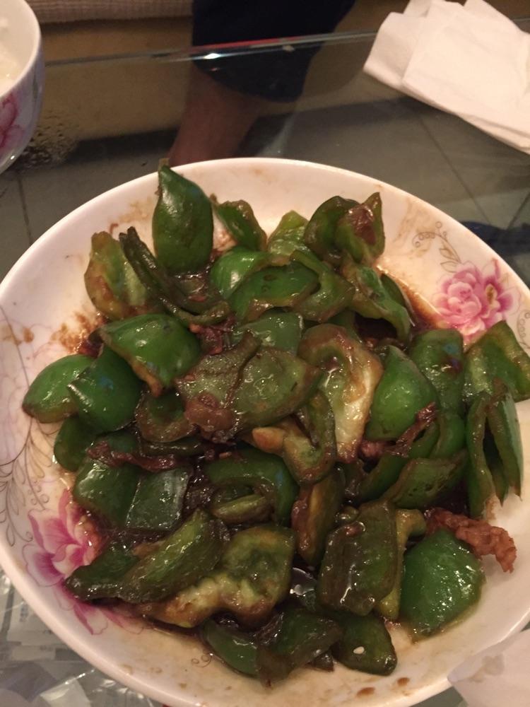 酱油 盐 菜椒 精肉或五花肉 甜酱炒菜椒的做法步骤        本菜谱的做