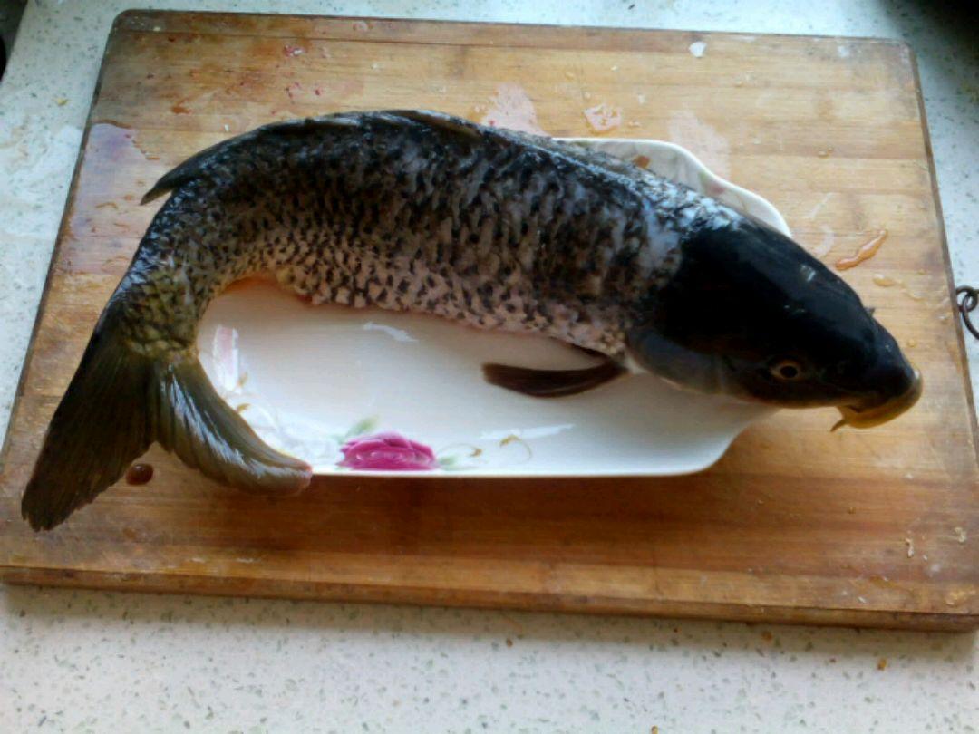 糖醋鲤鱼的做法步骤