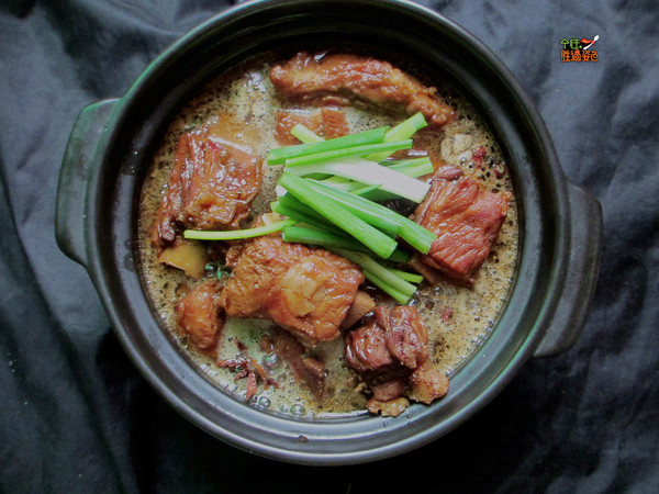 七喜柠檬排骨煲的排骨_美食_豆果菜谱做法里面可以烧图片