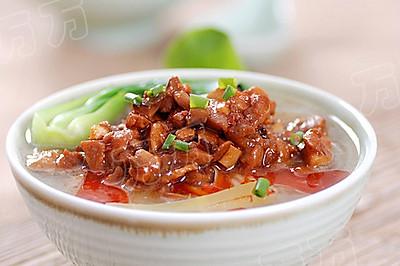香菇鸡肉米线