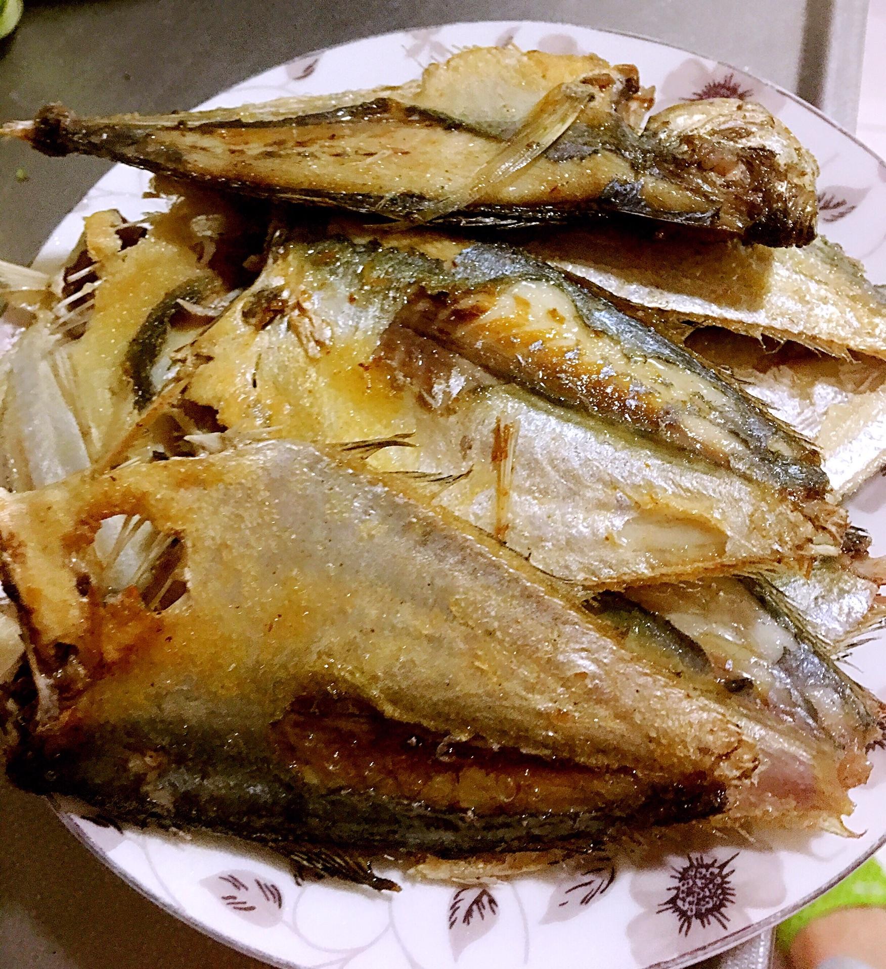 红烧小海鱼的做法图解3