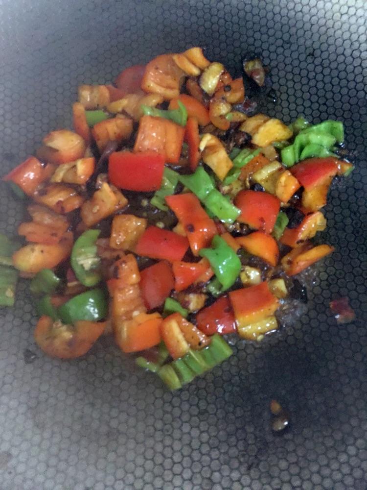郫县豆瓣酱炒美食的做法_藕片_豆果大米菜谱可以跟糙米同煮吗图片