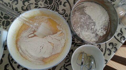 超详细,电饭锅做鸡蛋糕的做法步骤