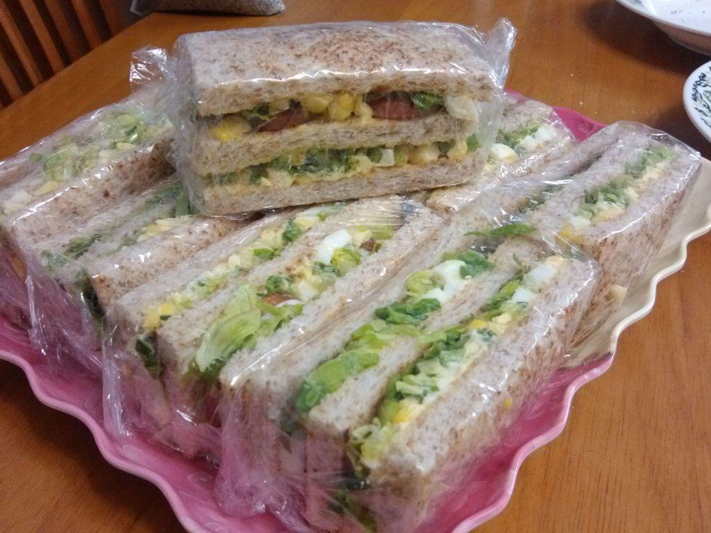 简易蛋黄酱三明治的做法图解4