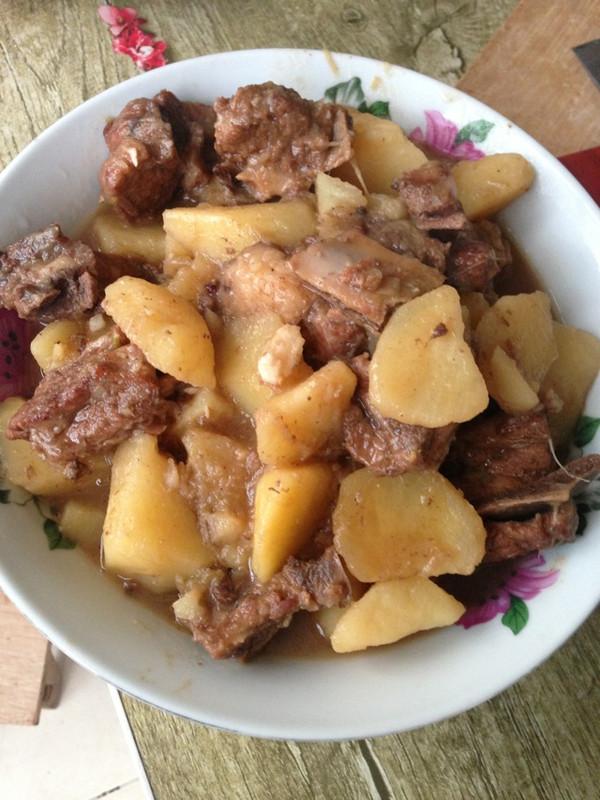 菜谱炖美食(有汤版)的土豆_排骨_豆果做法日式煮鸡肉图片