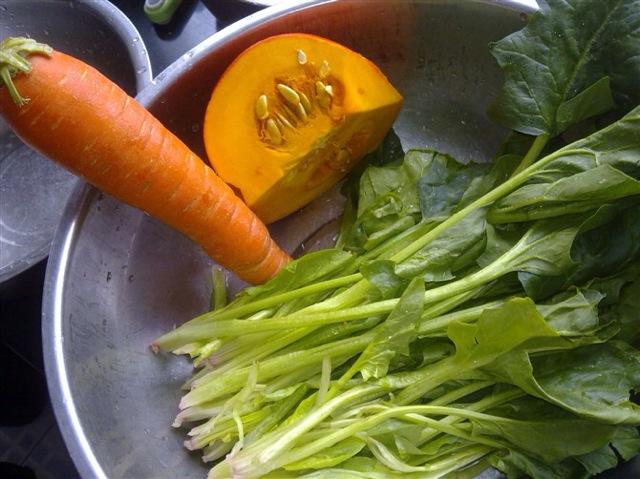彩色蔬菜面条!的做法步骤
