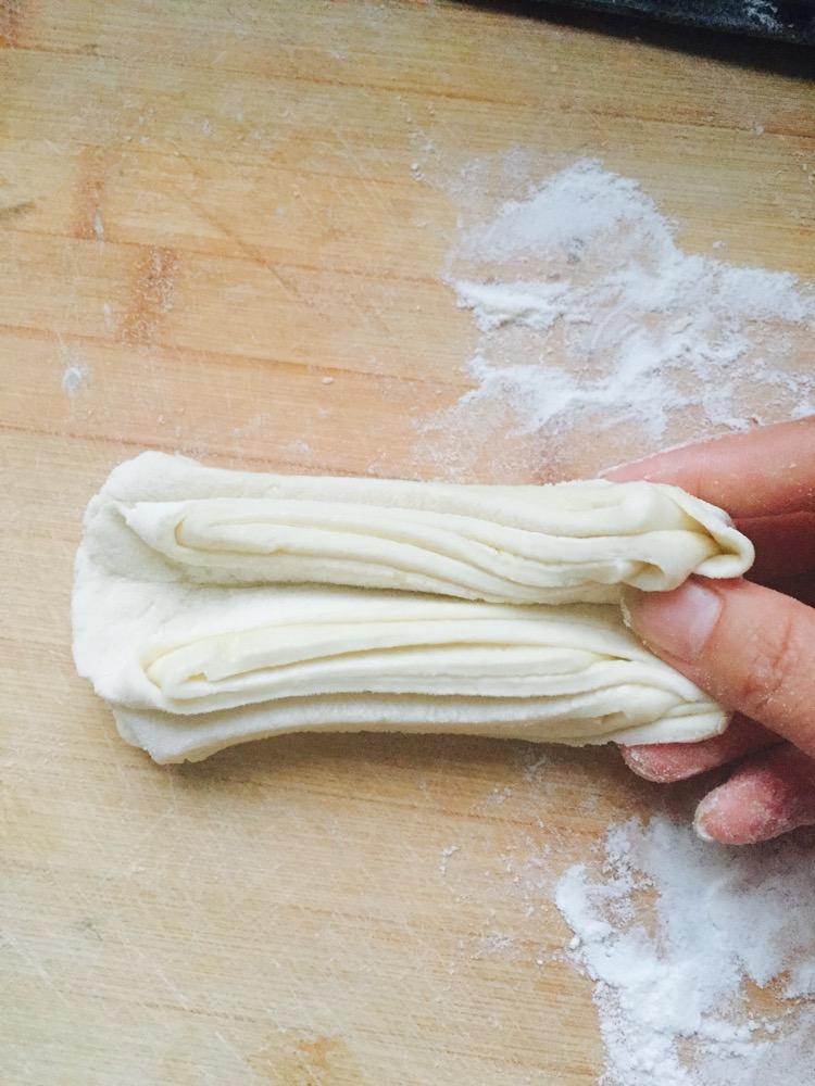 花卷的做法_【图解】花卷怎么做如何做好吃_花卷家常
