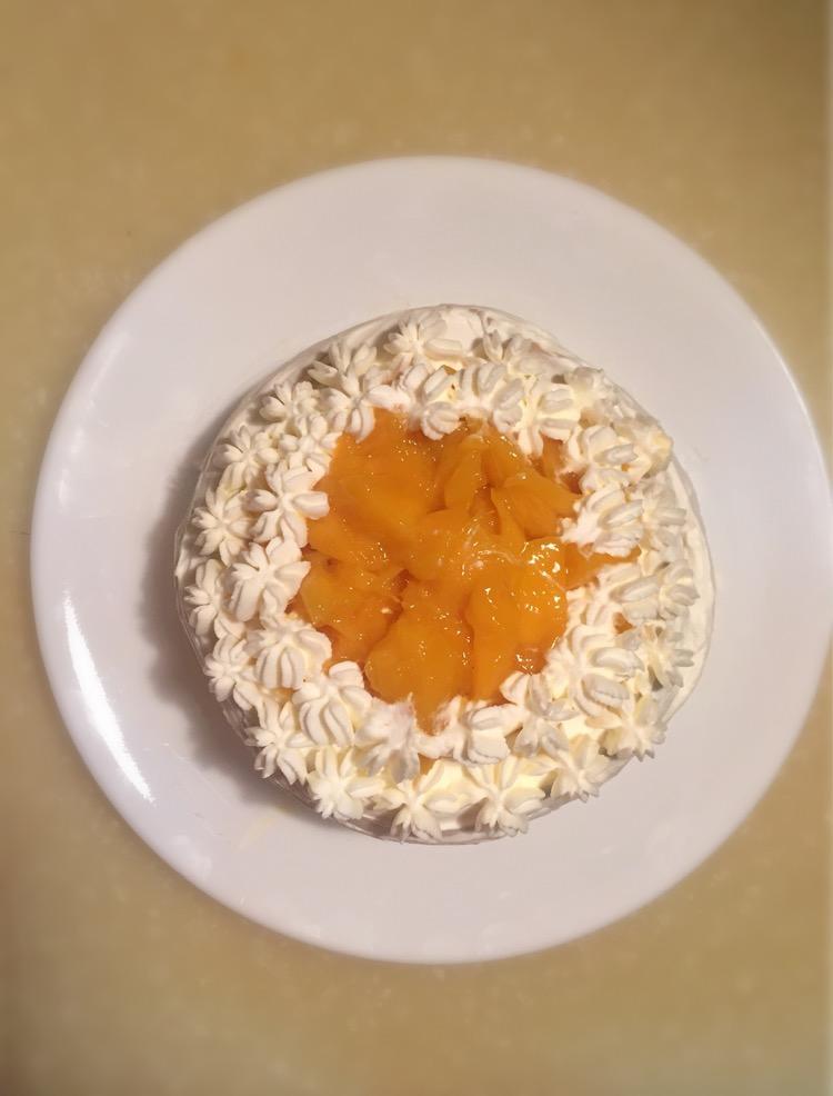 淡奶油250g 细砂糖35g 柠檬汁数滴 香草精数滴 芒果千层雪的做法步骤